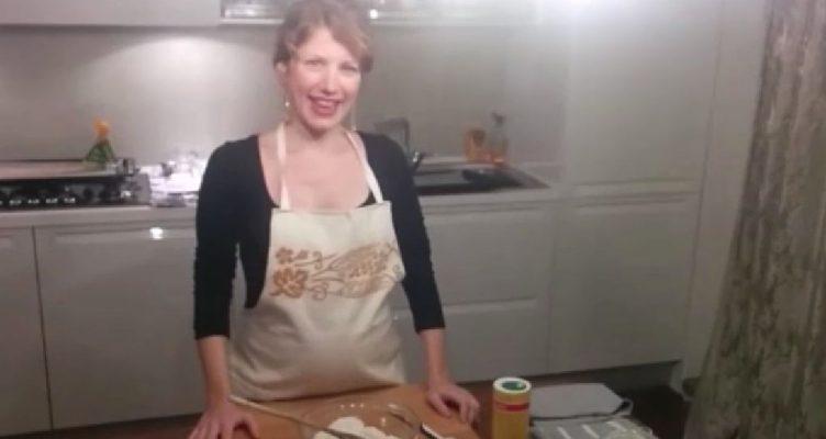 Uno speziato, l'altro più delicato: la ricetta dei biscotti del matrimonio