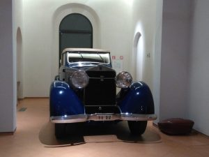 automobile_-_art_deco_-forli