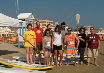 Sport in spiaggia: SUP e Nordic Walking
